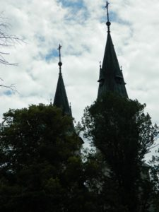 Wieże kościoła w Szczurowej /fot. K. Łabędzka
